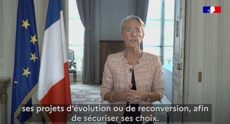 Elisabeth Borne, Ministre du travail, prend la parole à l'occasion du lancement des semaines de l'évolution professionnelle